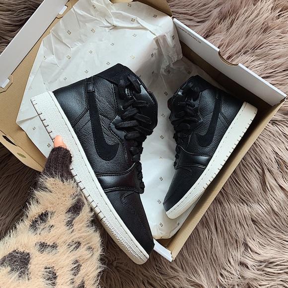 wholesale dealer 914b6 ca48d Nike air jordan 1 rebel xx sneakers NWT